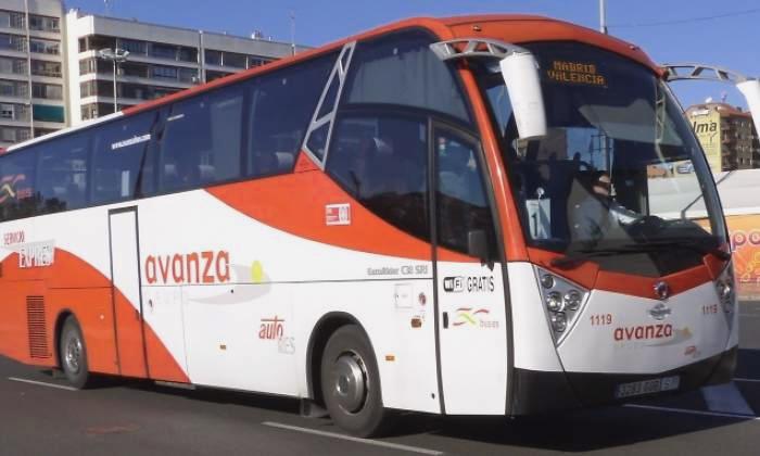 Autobús compañia Avanza Bus que conecta cada dos horas Madrid y Cuenca